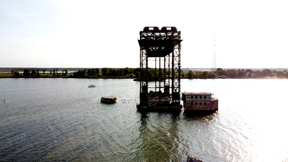 Hubbrücke Karnin auf Usedom